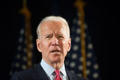 Mustien poliisiprotesti heiluttaa presidentinvaalien kampanjaa Yhdysvalloissa – Biden kävi puhumassa mielenosoittajille