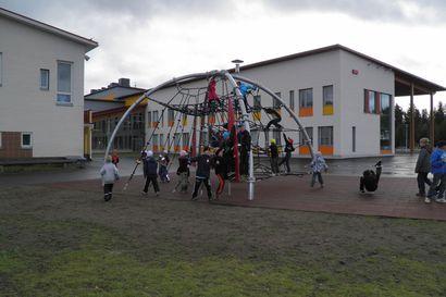 Kuntotutkimuksessa selvisi: Ylikylän koulun vanhassa osassa laajoja rakennevaurioita