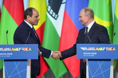 Näin Venäjä ostaa Afrikkaa puolelleen ydintekniikalla – Egyptiin rakennetaan neljä Hanhikiven sisarvoimalaa, ja viritelmiä on 20 maassa