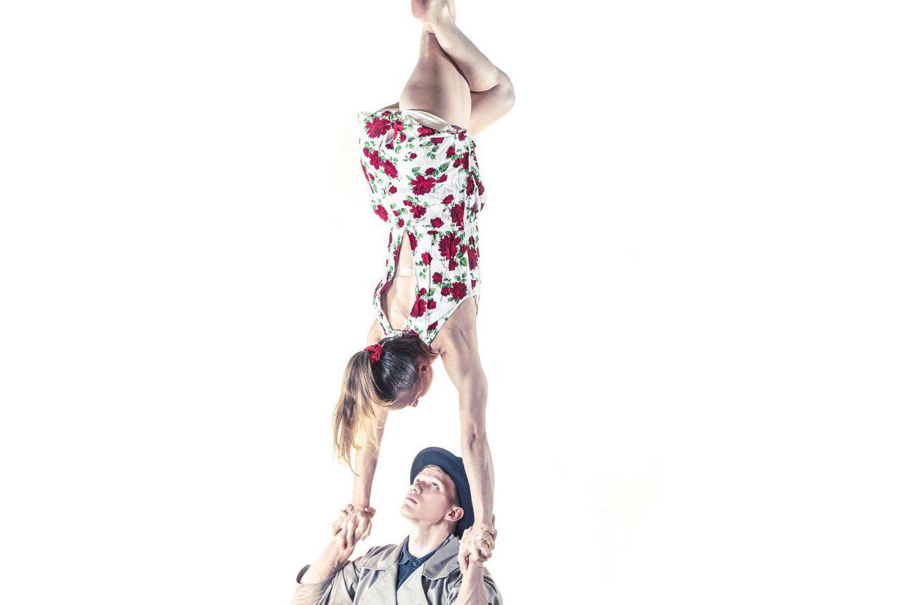 Akrobatiaa kaikkien iloksi torstaina - Koillissanomat tarjoaa sirkusesityksen osana Taiteiden yötä