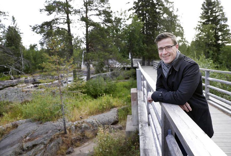 Keskustan kansanedustajan Pekka Aittakummun mielestä uusimman Tieteen kuvalehden juttu lasten tekemättä jättämisestä ilmastonmuutoksen vuoksi on vastuuton.