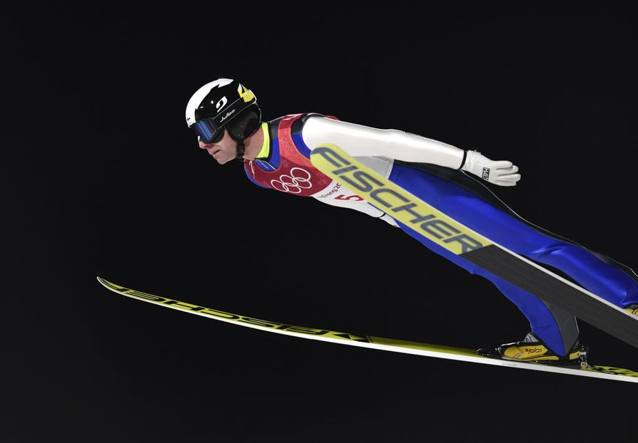epa06536293 Janne Ahonen of Finland is airborne during the Men's Large Hill Individual Ski Jumping competition at the Alpensia Ski Jumping Centre during the PyeongChang 2018 Olympic Games, South Korea, 17 February 2018.  EPA/DANIEL KOPATSCH  BY: ALL OVER PRESS / EPA-PHOTO CODE: EPAXX8