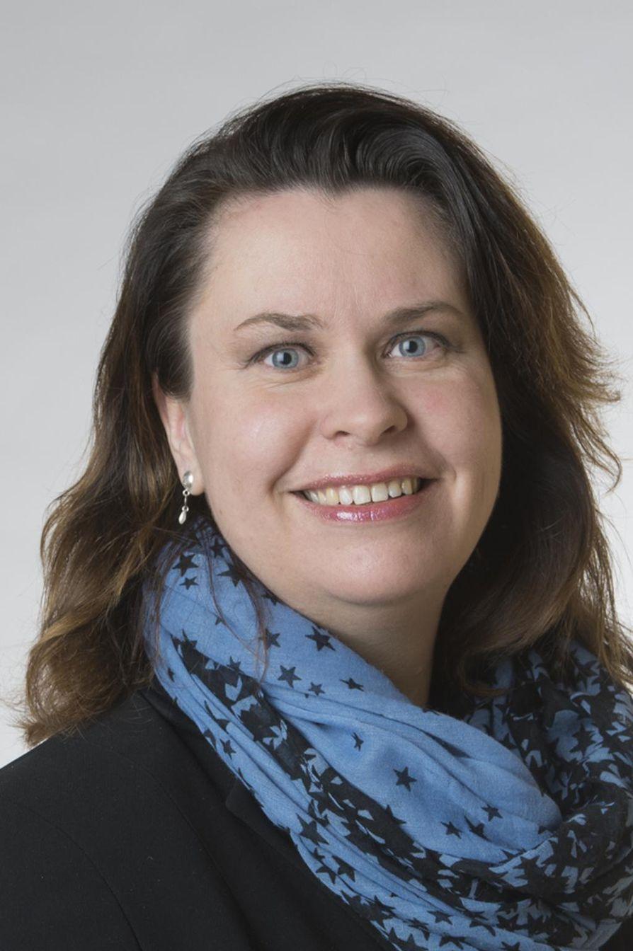 Johanna Ojala-Niemelä (sd.) nimettiin tänään ylimääräisessä yhtiökokouksessa Kemijoki Oy:n hallintoneuvoston puheenjohtajaksi.