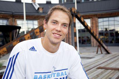 Suomi löi Sveitsin ja eteni koripallon EM-lopputurnaukseen