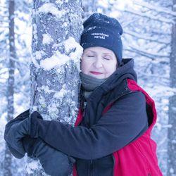 Rita koki kehittäjäpersoonansa kuihtuvan kokoon – perusti koulutus- ja hyvinvointipalveluita metsässä ja metsästä tuottavan yrityksen