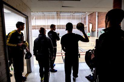 PattU himoitsee lopputurnauspaikkaa - katso video ja kuvia joukkueen treeneistä