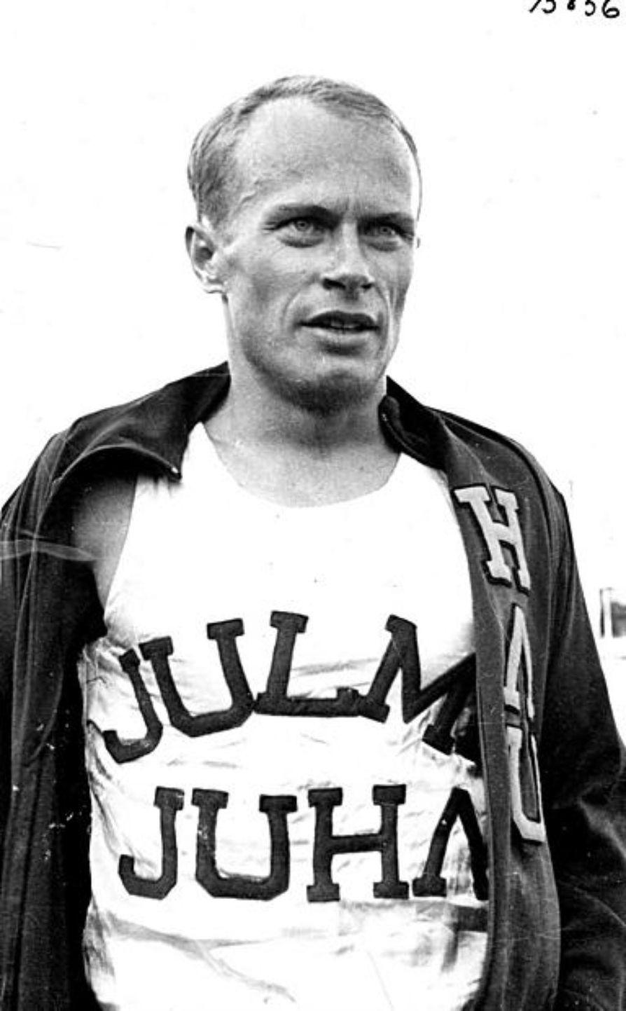 Suomen yleisurheilun nousu alkoi vuonna 1971, kun Juha Väätäinen voitti 10 000 metrin Euuropan mestaruuden Helsingissä.