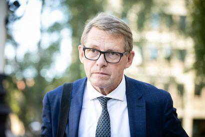 """Rahaministeri Vanhanen nimesi budjetin suurimmaksi varjoksi viennin kohtalon:"""" Huomiseen mennessä pohditaan vientikysymystä"""""""