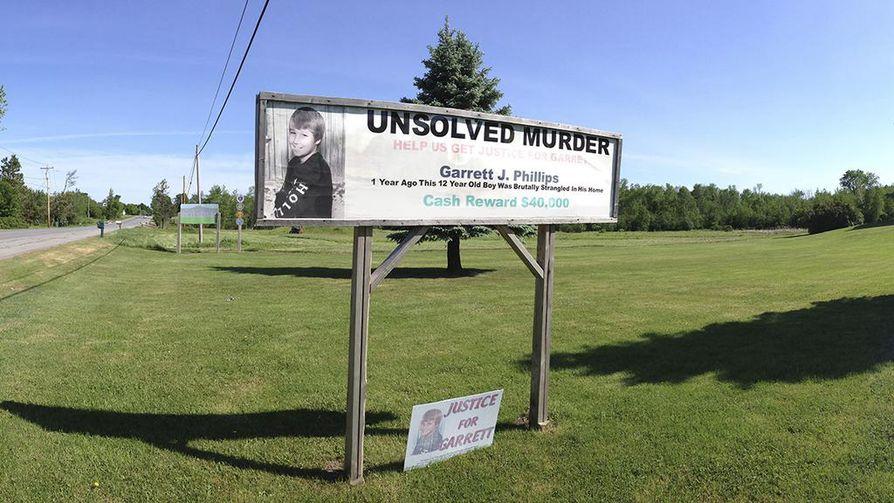 Garrett Phillips surmattiin vuonna 2011. Dokumentti seuraa oikeudenkäyntiä ja tapahtumia sen aikana.