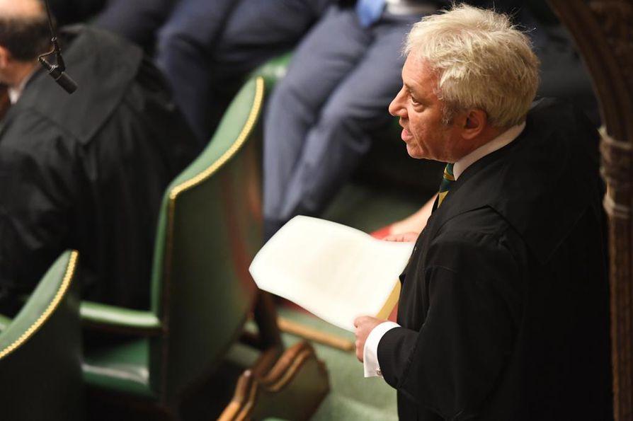 Britannian alahuoneen puhemies John Bercow hyväksyi muutosehdotuksen, joka voi lykätä äänestystä brexit-sopimuksesta. Ehdotusta käsitellään istunnossa ennen sopimusäänestystä.