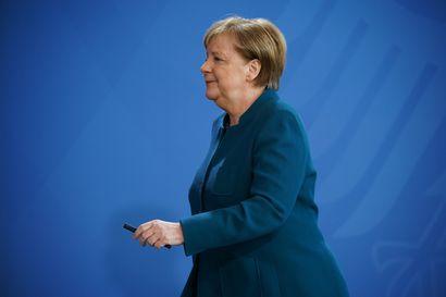 Saksa kielsi yli kahden hengen kokoontumiset – Angela Merkel karanteeniin