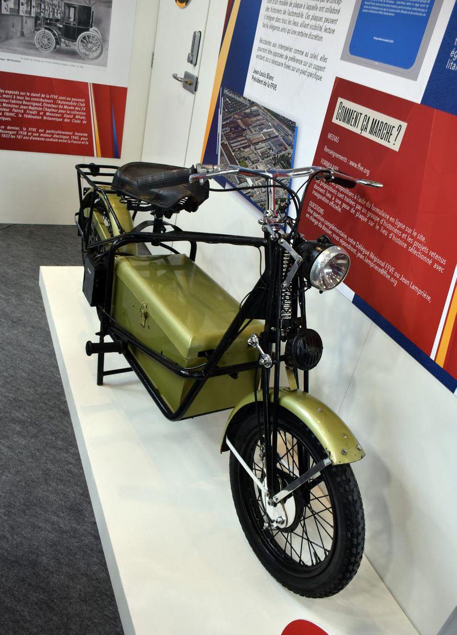 Belgialaiset Maurice ja Albert de Limette valmistivat toisen maailmansodan aikana noin 500 suunnittelemaansa sähkömoottoripyörää.
