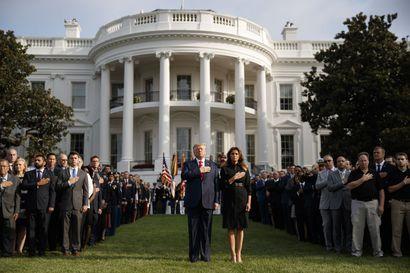 Toimittajamme Washingtonissa: Valkoisessa talossa liikkuminen on tiukasti rajattua – vilkaisusta Kennedyn tai Lincolnin käyttämään makuuhuoneeseen voi vain haaveilla