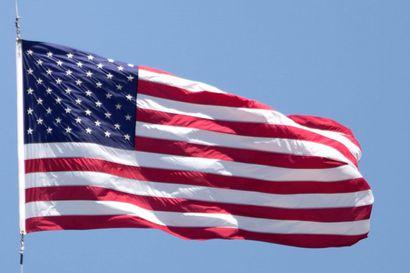 Yhdysvallat poisti varoituksen välttää kaikkea ulkomaanmatkailua – tilalle maakohtaisia rajoituksia