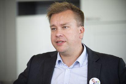Yle: Puolustusministeri Kaikkonen selvityttää, voisiko puolustushallinnon työtehtäviä hajauttaa nykyistä enemmän ympäri Suomea – koskee 13 000:ta työpaikkaa