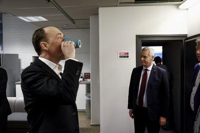 Halla-aho odottaa aloitetta Sdp:ltä – eurovaalien kampanjat voivat tuoda oman lisämausteensa hallitustunnusteluihin