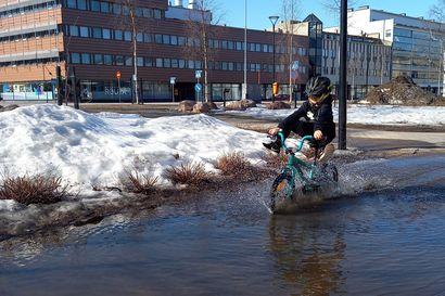 Tervetuloa kevät ja roiskuvat lätäköt – Tältä näyttää Rovaniemi alle kouluikäisten valokuvaamana