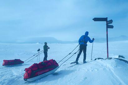 Tällainen on syrjäinen erämaakämppä, jonka sesonkiviikot varataan muutamassa minuutissa – Lähde mukaan matkalle kämpälle, jossa Kekkonen hiihti ja Kekkonen kalasti