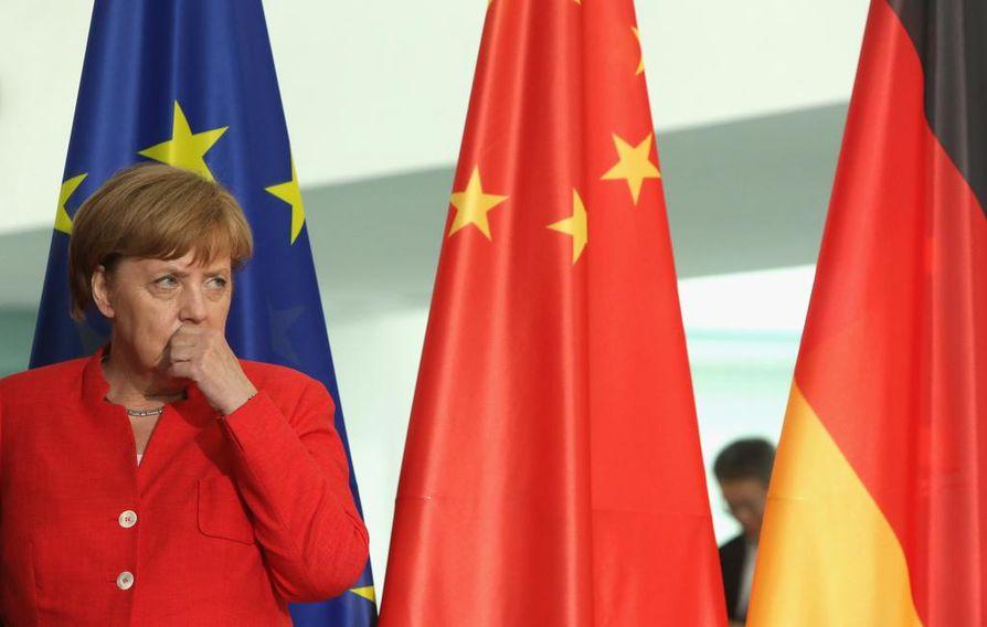Saksan liittokansleri Angela Merkel haluaa, että turvapaikanhakijat saataisiin palautettua viikon sisällä takaisin ensimmäiseen tulomaahansa.