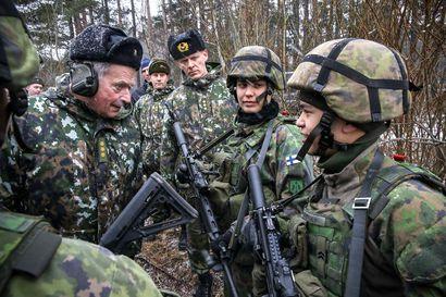 Näkökulma: Unohtuiko Puolustusvoimilta isänmaan etu koronakriisissä? – Kenraali Kivisen joukkoja tarvittaisiin nyt Suomen kunnissa