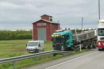 Poliisi: Limingan rajussa kolarissa kuoli parikymppinen nainen Oulun seudulta – tutkinta jatkuu silminnäkijöiden kuulemisella