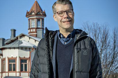 Posion kunnanjohtajaksi valittu Pekka Jääskö lähtee jännittävän päivän jälkeen lenkille ja saunaan – virkaan mahdollisimman nopeasti, rakentamaan tulevaisuutta yhteistyössä