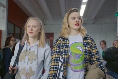 Tänään televisiossa näkyy monelle tuttuja paikkoja ja kasvoja – Diva of Finland -elokuva sijoittuu Pudasjärvelle, missä sitä myös kuvattiin