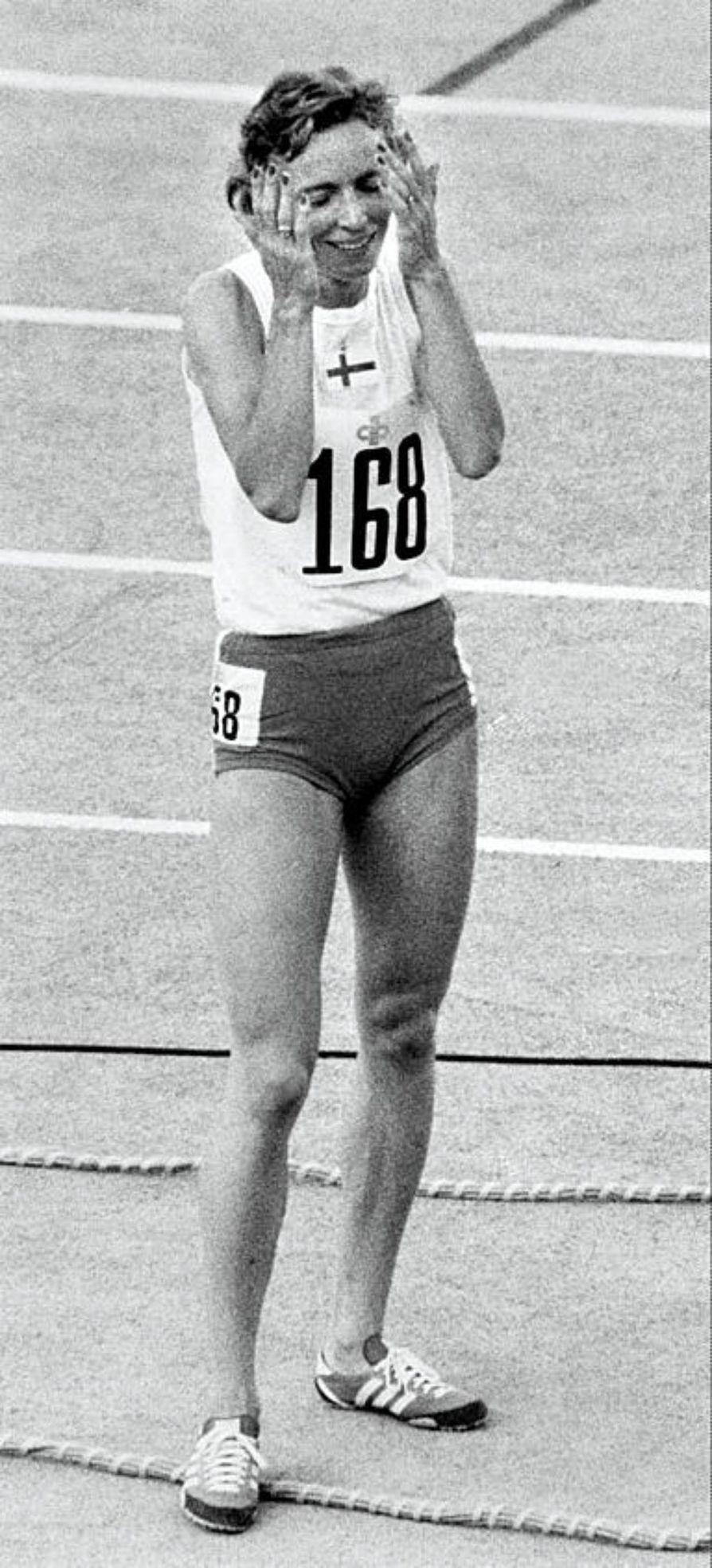 Riitta Salin juoksi 400 metrin Euroopan mestaruuden Roomassa 1974.