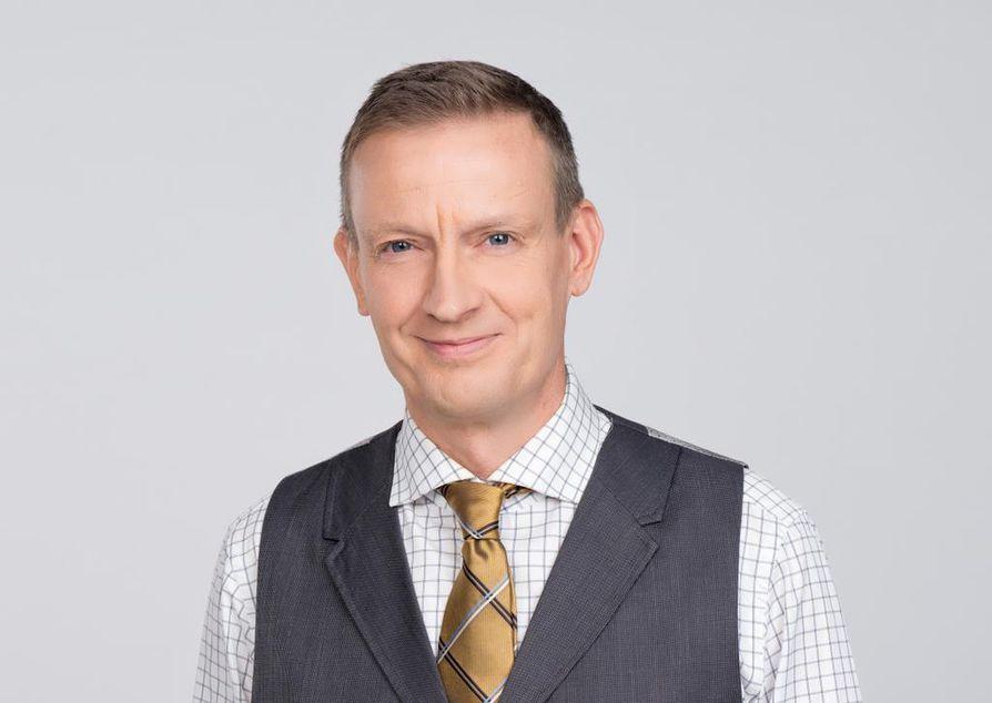 Etlan tutkimusjohtajan Jyrki Ali-Yrkön mukaan on hyvin tavallista, että isot yritykset myyvät ja ostavat osia.