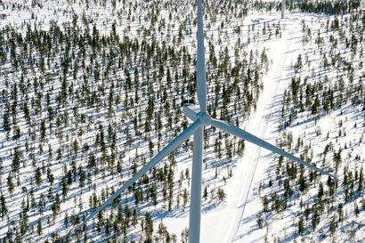 Lukijalta: Isoille tuulivoimaloille tarvitaan ympäristöluvat