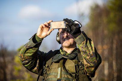 Sotaharjoitus on näytön paikka – 2500 reserviläisen joukossa on ensimmäistä kertausharjoitustaan suorittava Sami Jauhojärvi