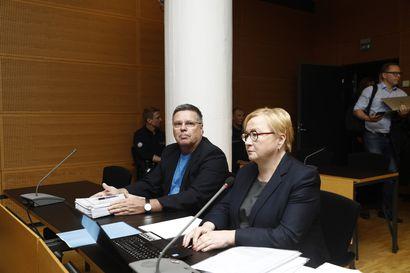 Vanhasta palkkamurhasta syytteessä oleva Jari Aarnio: Outoa, että Vilhunen yhtäkkiä muistaa 17 vuoden takaiset asiat – Ex-jengipomo Vilhusen puolustus: Syyte johtuu kostosta