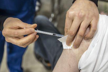 Nuorten rokotusinto laahaa paikoin Lapissa – Keminmaassa piti jo ohjata piikkejä tehosterokotuksiin