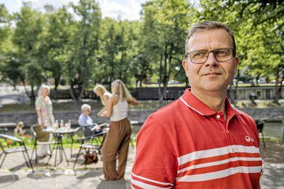 """Sydänoperaatiosta toipunut Petteri Orpo palasi töihin ja tähtää seuraavaksi pääministeriksi: """"Hallitus pelaa velanotolla venäläistä rulettia"""""""
