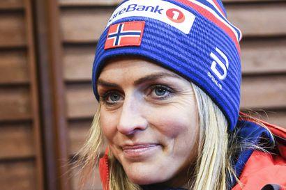 """Kolumni: Therese Johaugin juoksukello tikittää – """"Hän juoksi lenkkikengät jalassaan kantapäille astuen"""""""