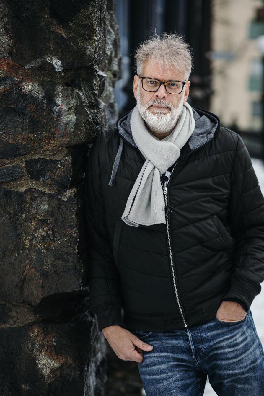 """Hans Rosenfeldtin seuraava trilleri alkaa Rovaniemeltä, mutta suurin osa tapahtumista sijoittuu Ruotsin puolelle. """"Olen käynyt Haaparannalla, mutta en ole suunnitellut tutkimusmatkaa Suomeen. Sen näkee, kun seuraavan kerran menen pohjoiseen touko-kesäkuussa."""""""