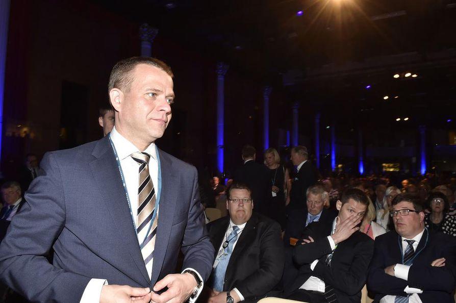 Kokoomuksen uusi puheenjohtaja Petteri Orpo sanoi sunnuntain linjapuheessaan, että työllisyyden kasvu on kokoomuksen ykköstavoite hallituksessa.