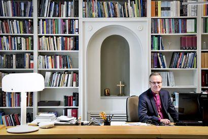 """Arkkipiispa Tapio Luoma: """"Meidän on taas aika muistuttaa, miksi ja miten luterilaisessa katsannossa Raamattua luetaan"""""""