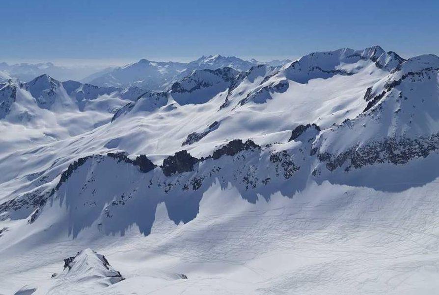 Alpeilla maisemat ovat häkellyttävän kauniit.