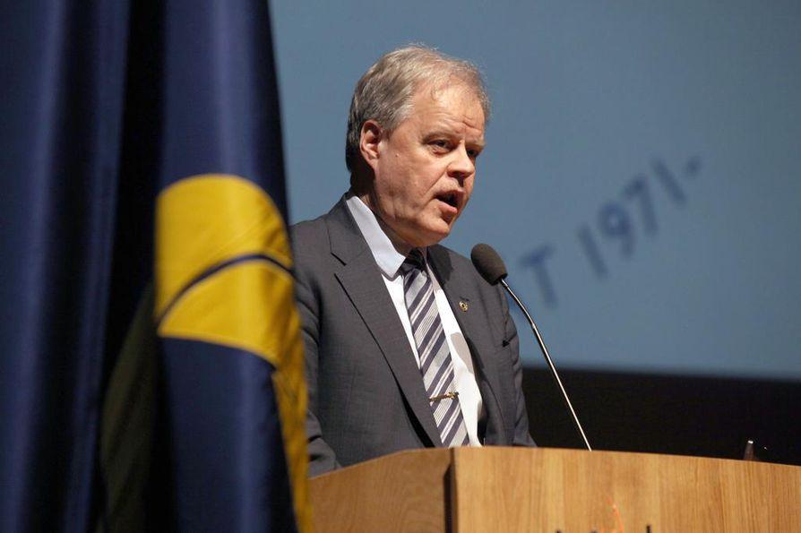 OAJ:n puheenjohtaja Olli Luukkainen kertoi koulutuksen tulevaisuuden haasteista Pohjois-Suomen Opettajainpäivillä perjantaina.