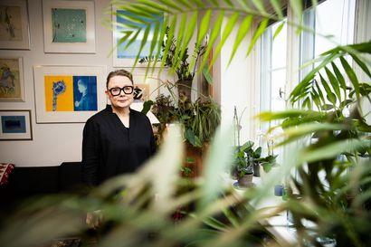 """""""Järkyttävää, miten vähän heitä tunnetaan"""" – Susanna Välimäki uskoi löytävänsä 1800-luvun Suomesta muutamia naissäveltäjiä, mutta nyt heitä on koossa tietokirjan verran"""