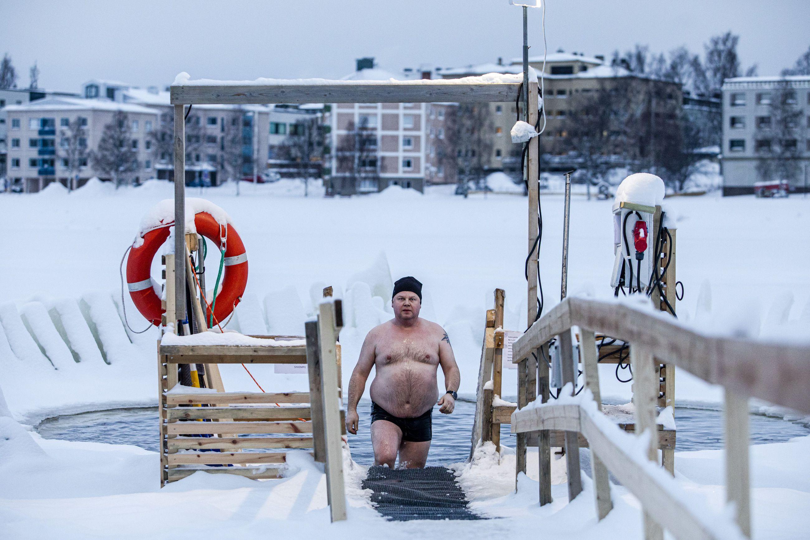 9. Talviuintipaikka Koskipuistossa.