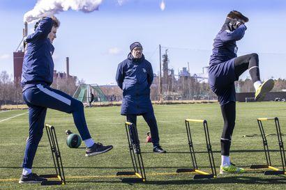 """Harjoituskausi, yritys numero kaksi – AC Oulu siirtyy kohti kesäkuun koko joukkueen harjoituksia: """"Joo, futiskengät jalkaan"""""""
