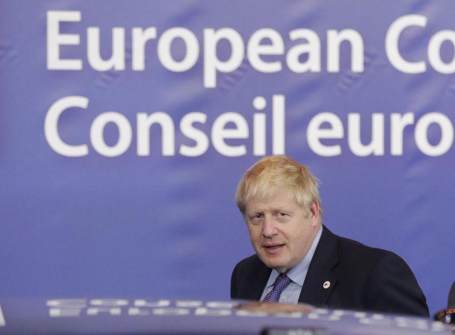 Britannian pääministeri Boris Johnson onnistui neuvottelemaan uuden erosopimuksen EU:n kanssa. Tänään lauantaina ratkeaa, riittääkö luottamusta myös omassa parlamentissa. Britannian alahuone äänestää joko erospopimuksen puolesta tai sitä vastaan.