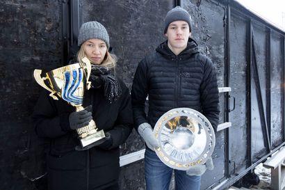 Mette Baas pyrähti Lapin parhaaksi - nuoren urheilijan tunnustuspalkinto Niko Anttolalle