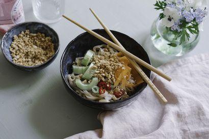 Salaatti on ihanan kevyttä keskikesän ruokaa – Näillä kolmella peruskastikkeella maustat salaatin kuin salaatin