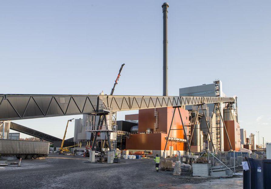 Laanilan biovoimalaitos valmistuu marraskuussa 2020 ja se korvaa samana kesänä tuotannosta poistuvan Toppila 1 -voimalaitosyksikön.