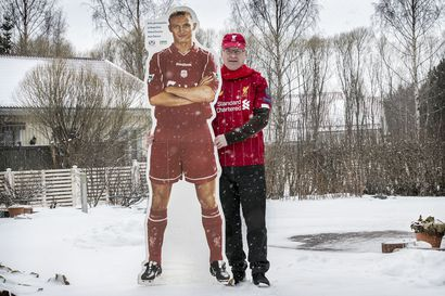 """Rehtori punaisen pauloissa – Jarmo Paloniemi on ollut Liverpoolin fani vuodesta 1974 lähtien: """"Mestaruus tulee, jos ei mitään täysin mullistavaa tapahdu"""", hän sanoi juuri ennen kuin korona iski"""