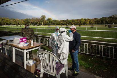 Slovakia yrittää testata valtaosan asukkaistaan viikonlopun aikana – jos ei suostu testiin, joutuu karanteeniin 10 päiväksi