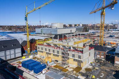 """Oulun torihotelli noussut kolmanteen kerrokseen – """"Rakentamisaikataulussa ei ole ollut ongelmia"""""""